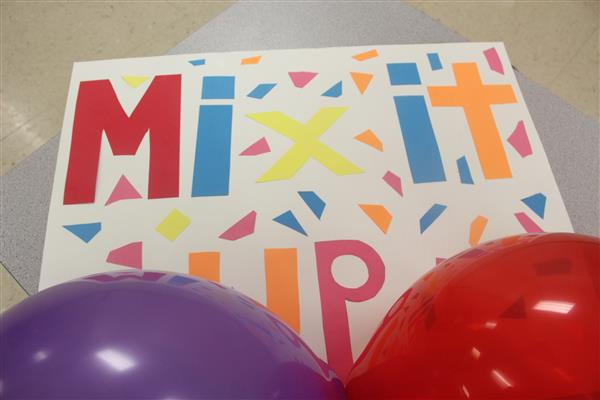 Piner Middle School Participates in National Mix it Up Day